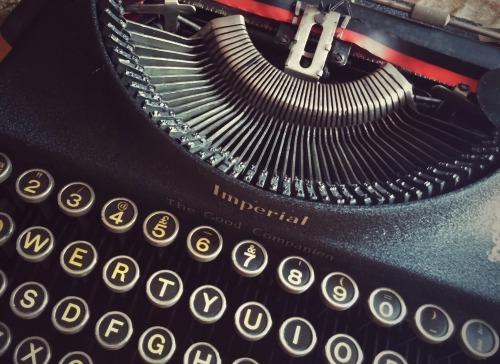 type-1161949_1920